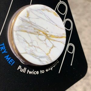 Ray-Ban Accessories - Popsockets